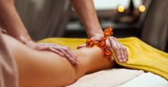 How to give an erotic massage so she will never cheat on you – 9 easy steps
