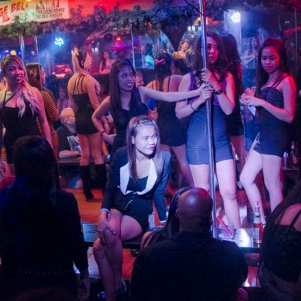 A-List Of Do's And Don'ts In Strip Club