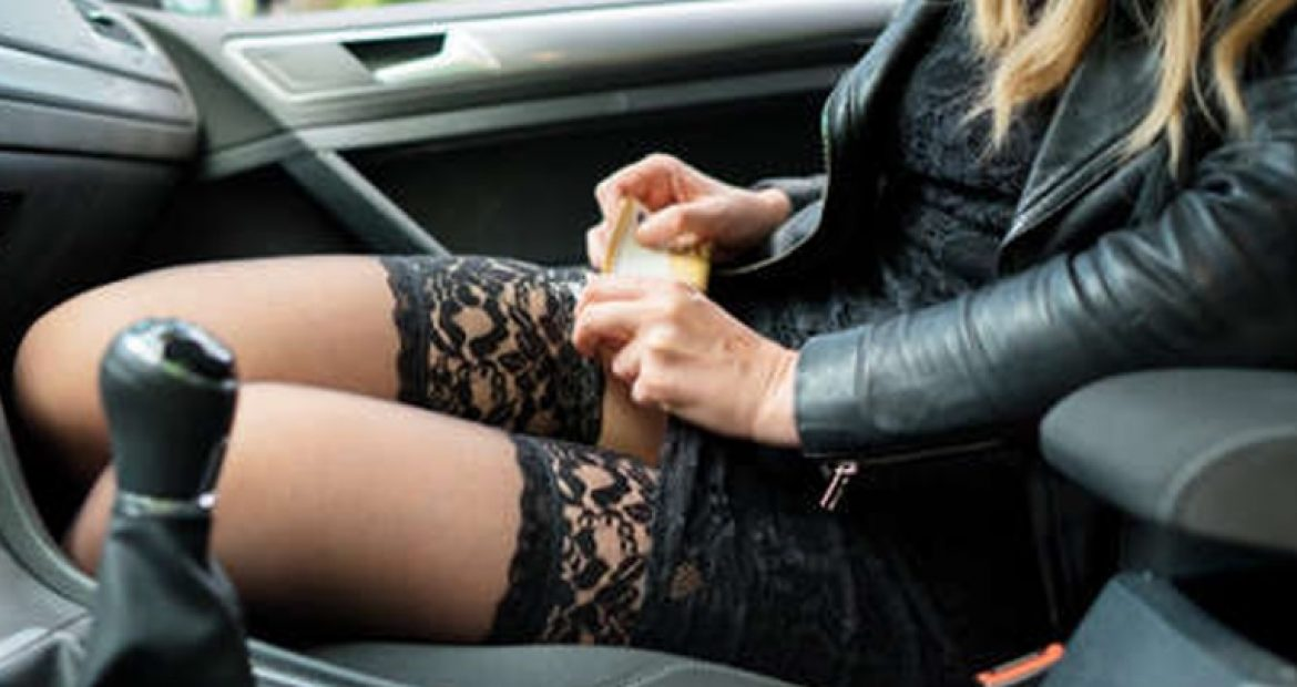 What to expect when booking an escort